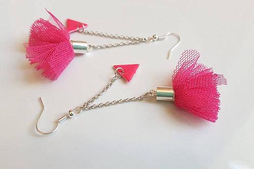 Boucles d'oreilles pompons rose fushia et argenté