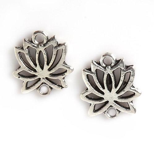Breloque connecteur fleur de lotus argenté