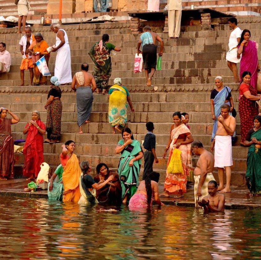 Bathing Ganges_0657