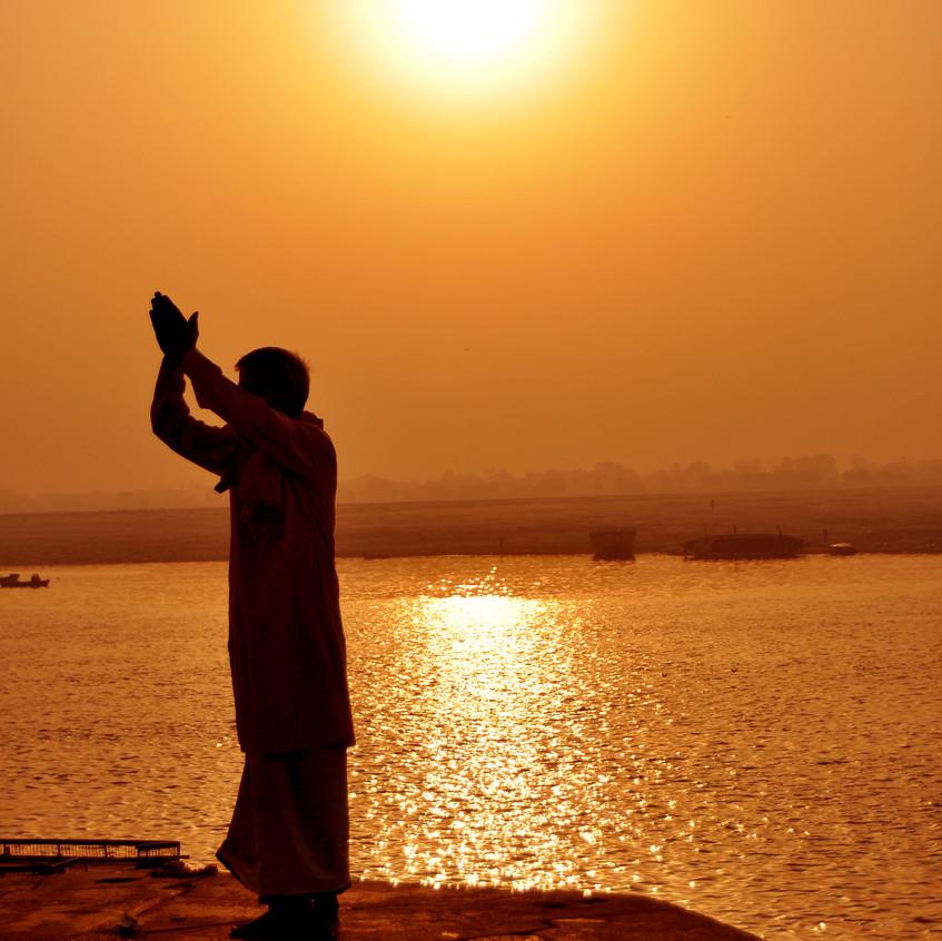 Sun worshipper_0385_01 b