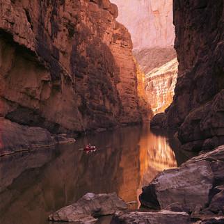 bw_20141016_Santa Elena Canyon and Raft_