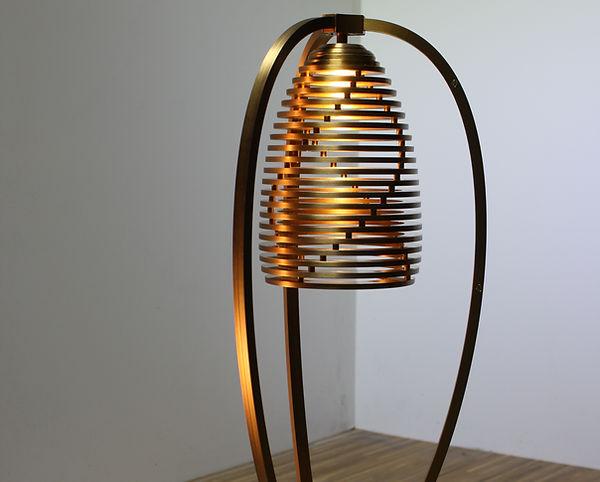 Designer Lampe, Messing, Luzern Ledergerber
