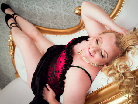 I Did A Boudoir Shoot - Here's Why You Should Too!