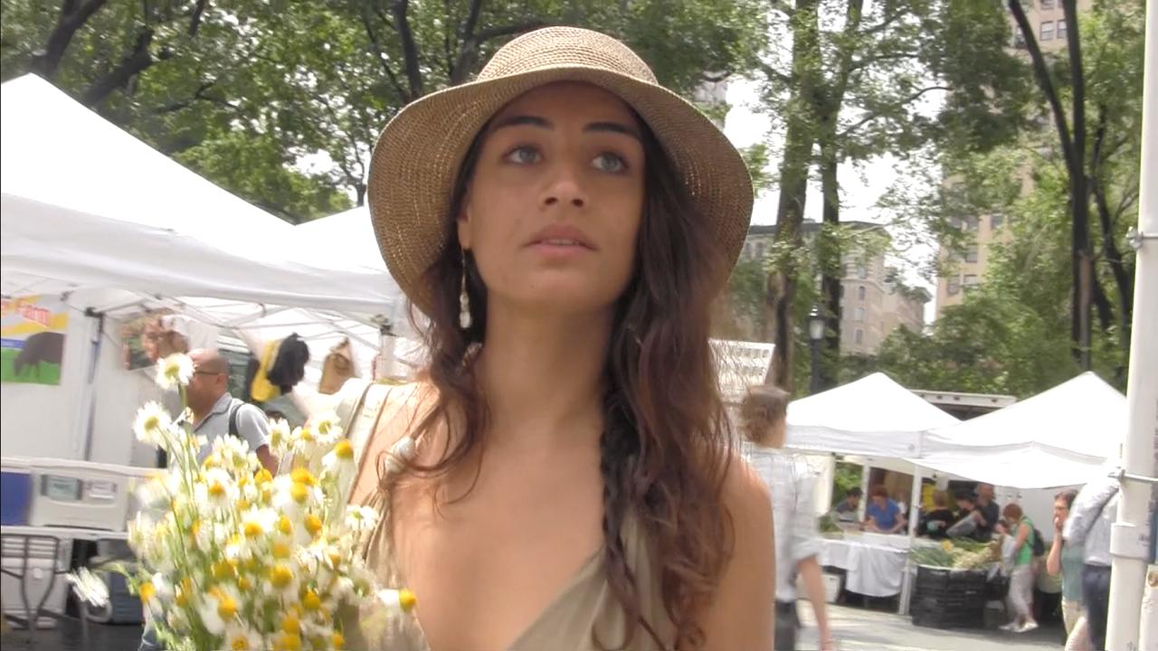 LARA WOLF - Actor