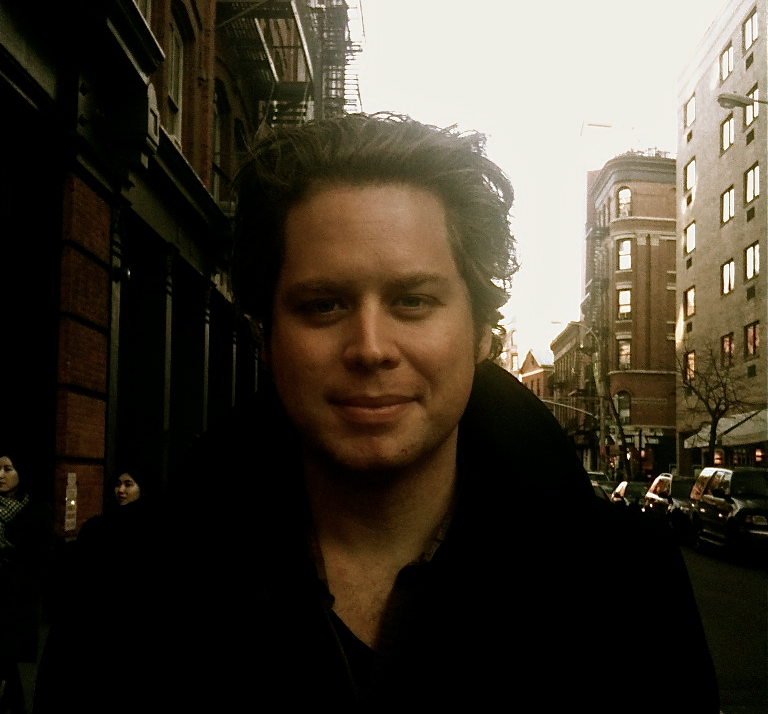 SASHA SANTIAGO - Director