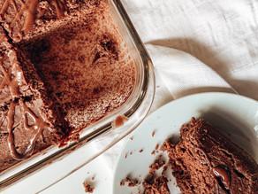 Torta de cacao y banana- sin gluten, sin lácteos, sin azúcar.