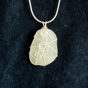 White Sea glass SG4