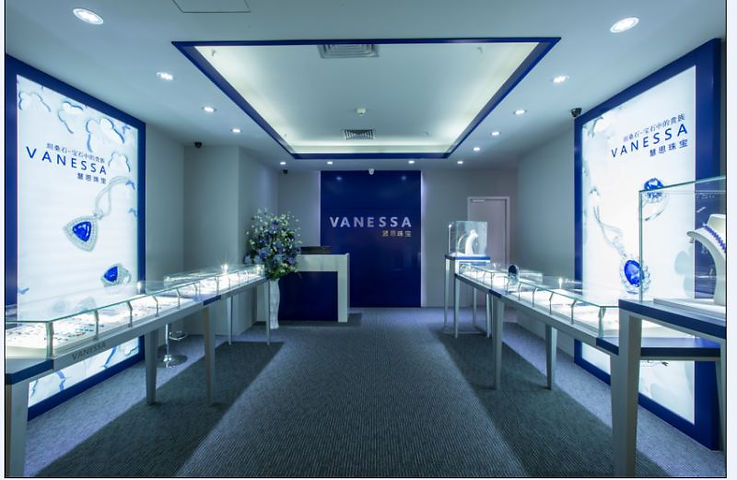 VANESSA shop view_01.jpg