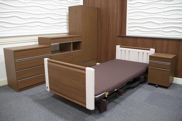 リハ家具を発売いたします。