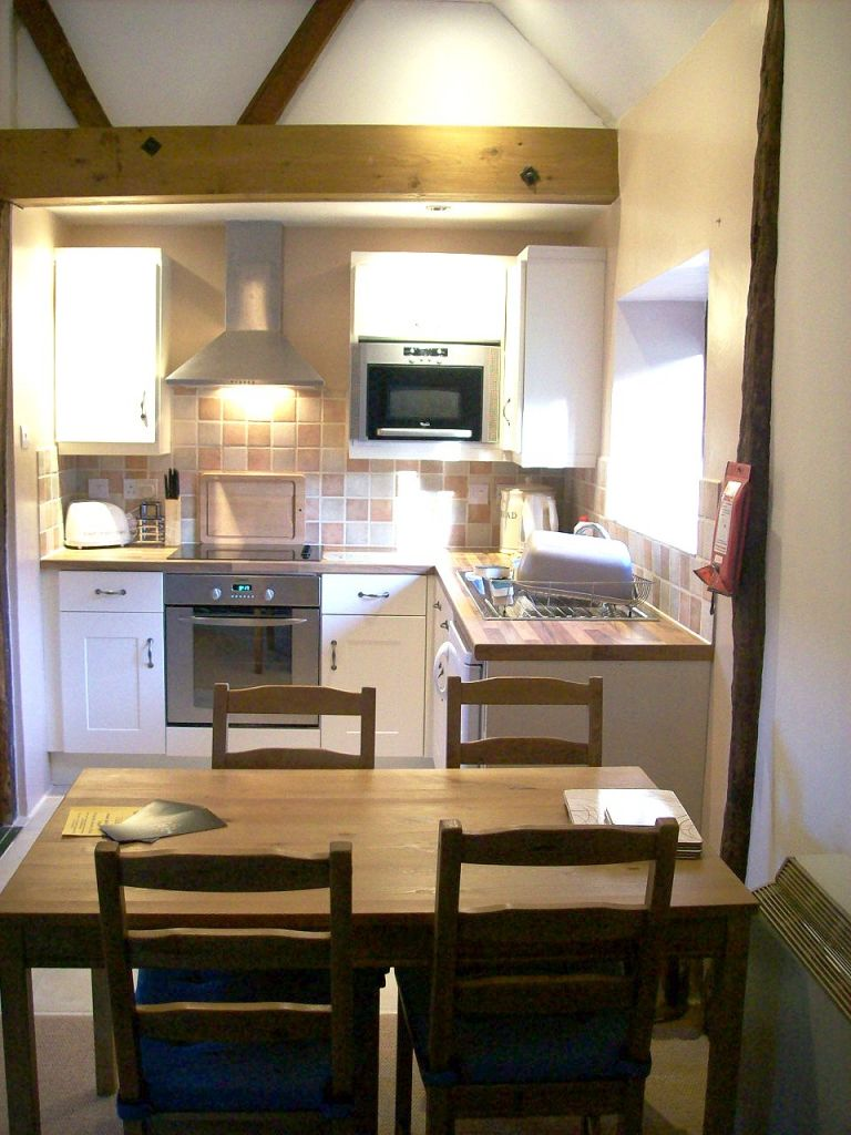 Foxholme_Kitchen_2008.jpg