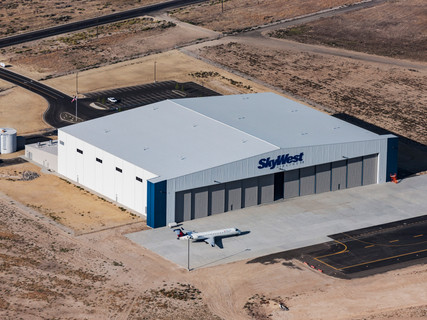 SkyWest maintenance hangar
