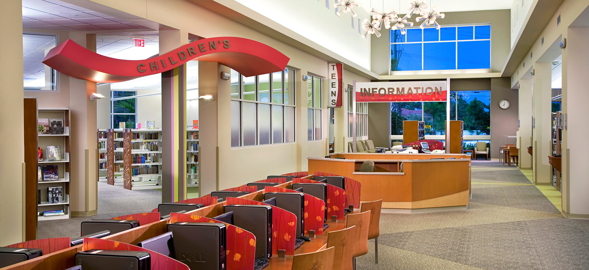 Lantana Public Library