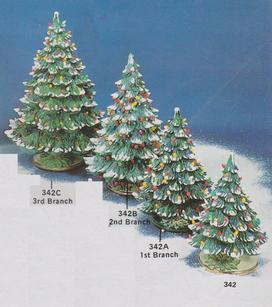 XMAS TREE 16.5'' WITH HOLLY BASE