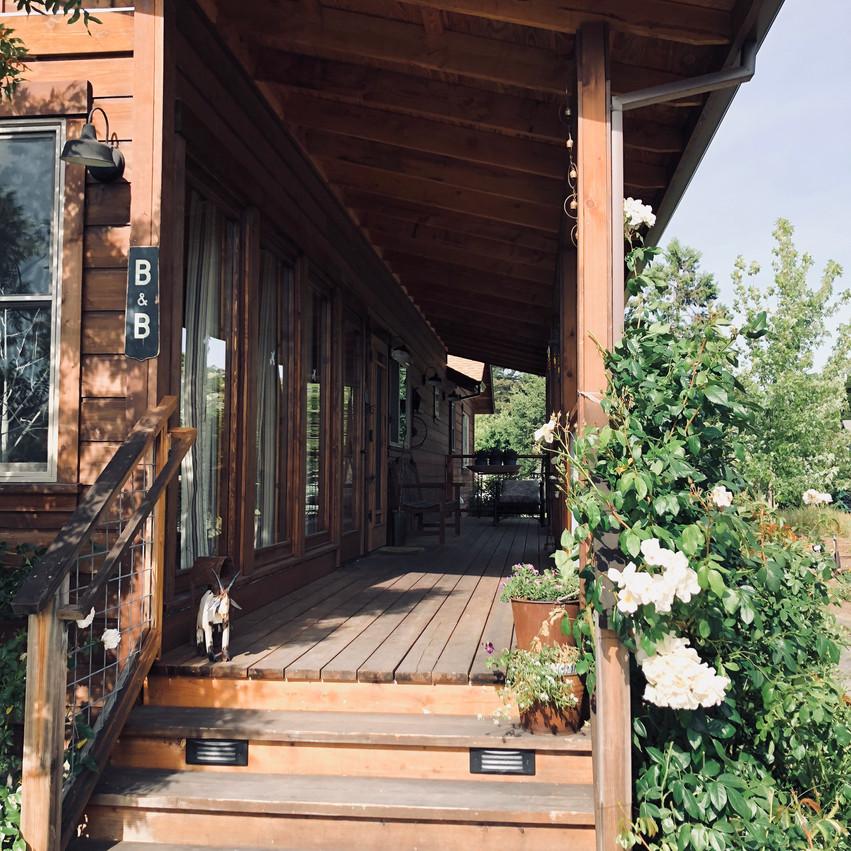 015. Cabin