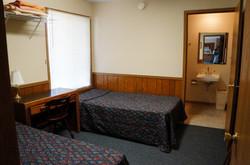 Upper Christopherhaus Accessible Bedroom