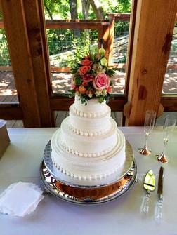 wedding-cake-baker-new-braunfels.jpg