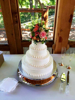 wedding-cake-baker-new-braunfels.jpg