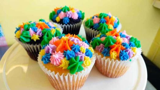 colorful-cupcakes.jpg