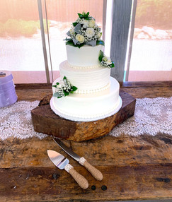 wedding-cake-baker.jpg