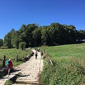hiking-1733693_640.jpg