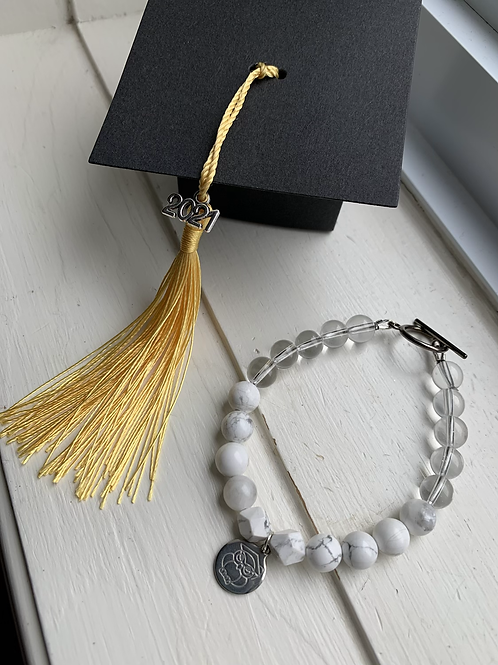 Graduation 2021 Bracelet  Howlite & Clear Quartz