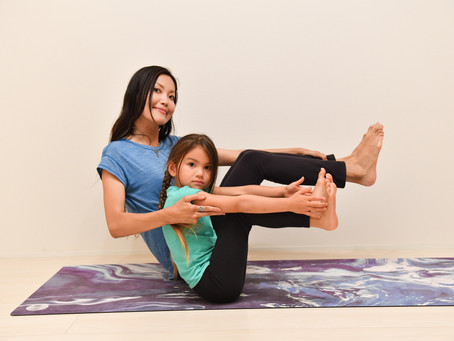Family Yoga - how to enjoy yoga with your kids