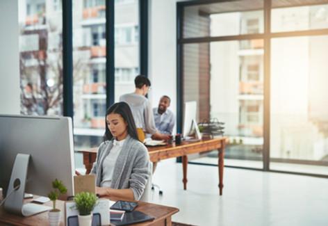 Música para aumentar tu productividad en la oficina