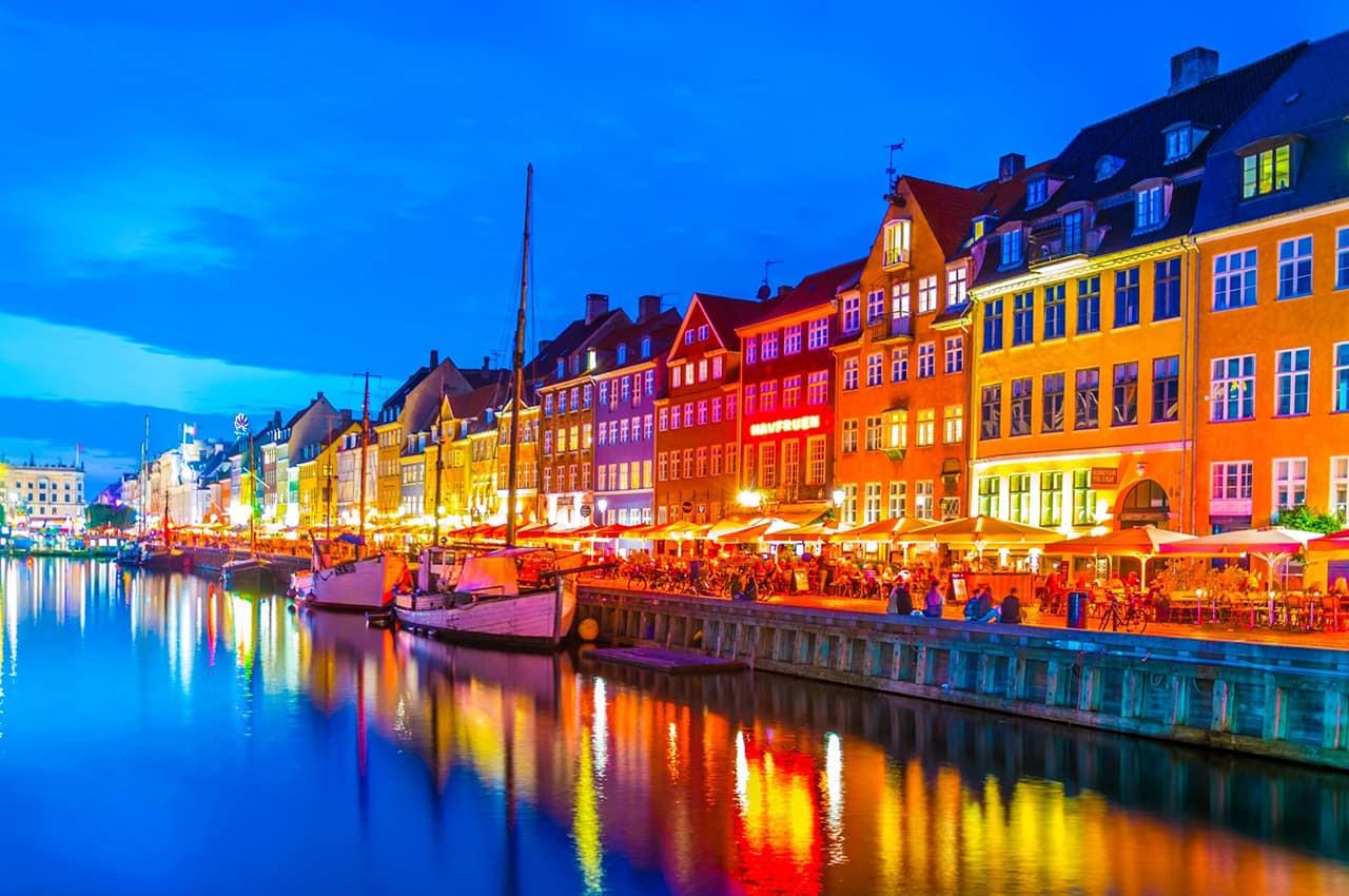 Porto Nyhavn - Copenhagen, Dinamarca..jp