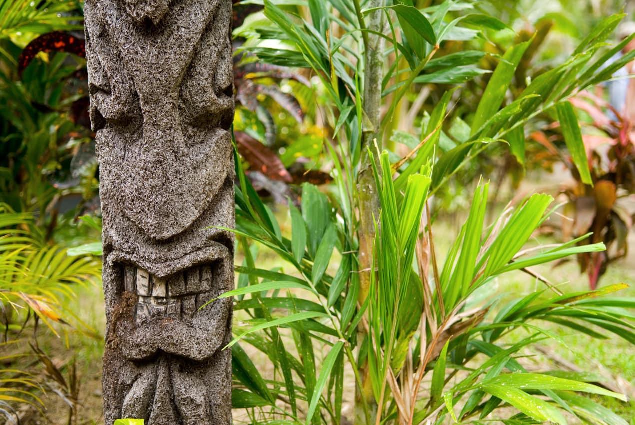 Escultura_fijiana_vegetação,_Ilhas_Fiji.