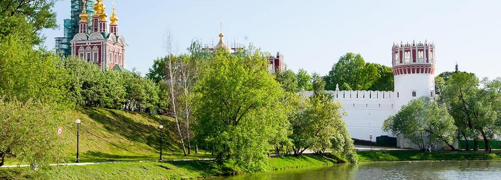 Vista_do_Convento_Novedevichy_-_Moscou,_