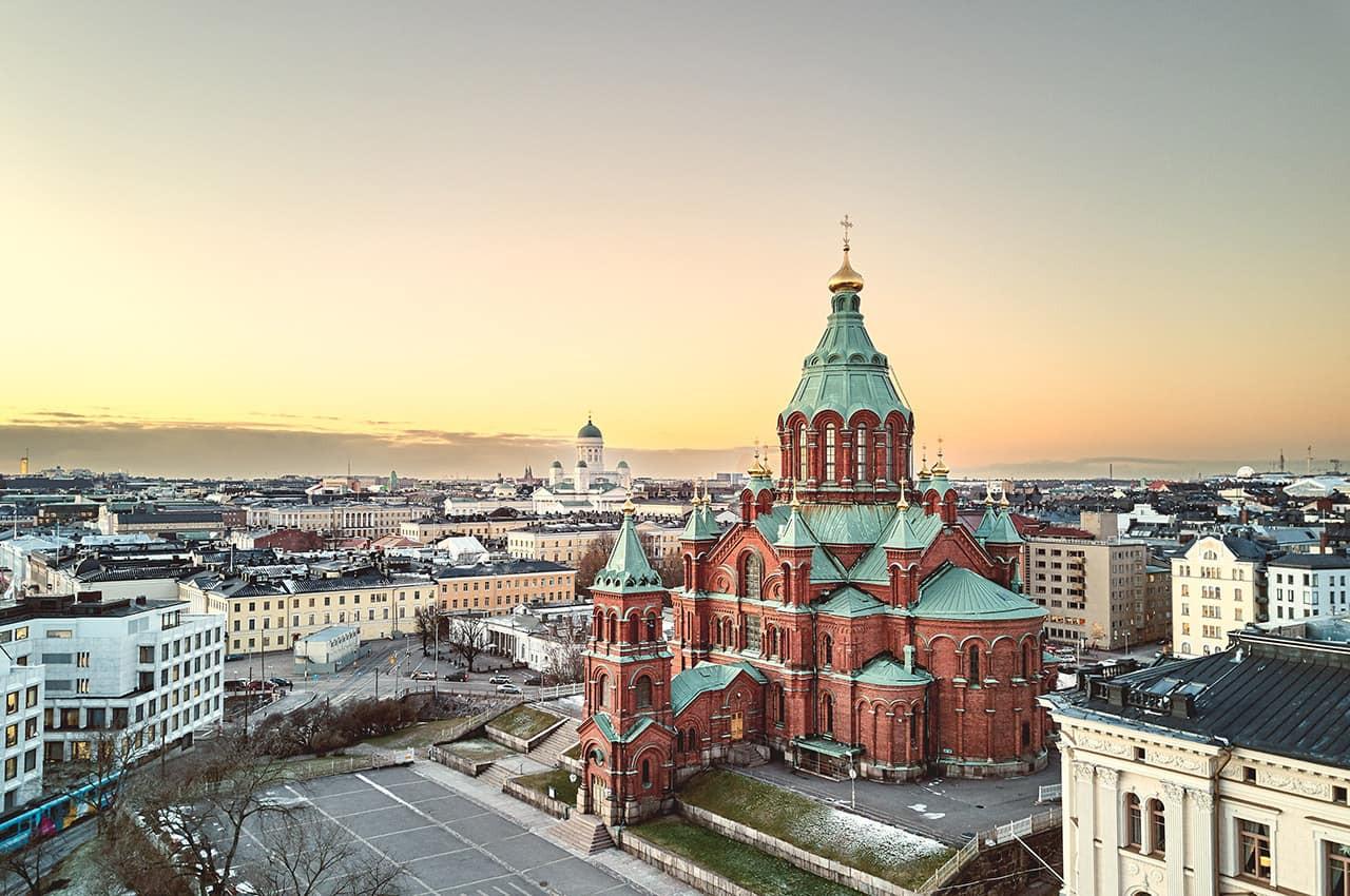 Vista_aérea_de_Helsinki,_Finlândia..jpg