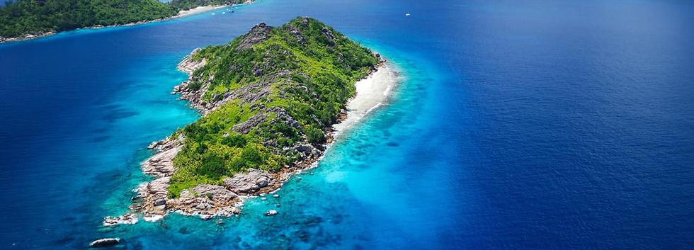 Felicity & Sisters Island - Seychelles.j