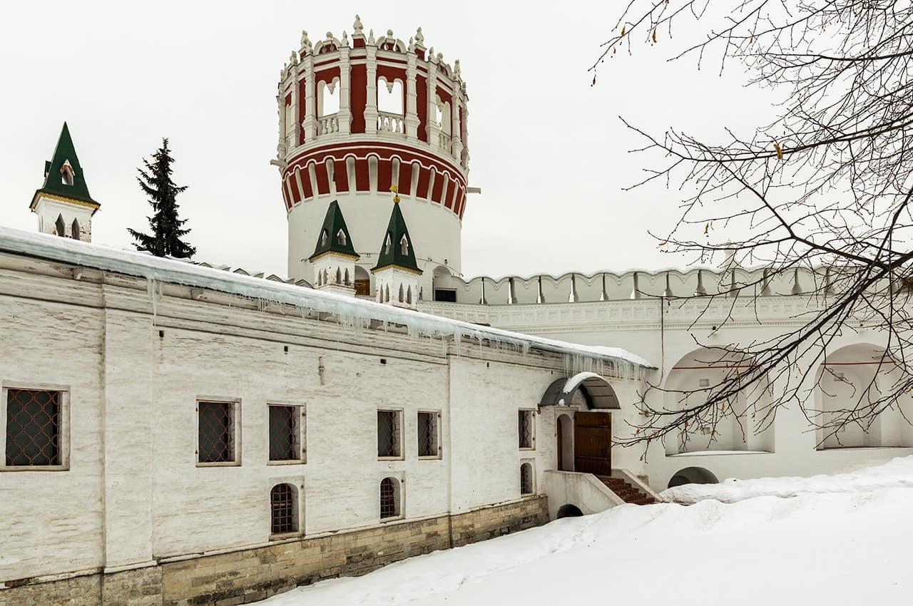 Dia_de_inverno_no_convento_Novedevichy_-