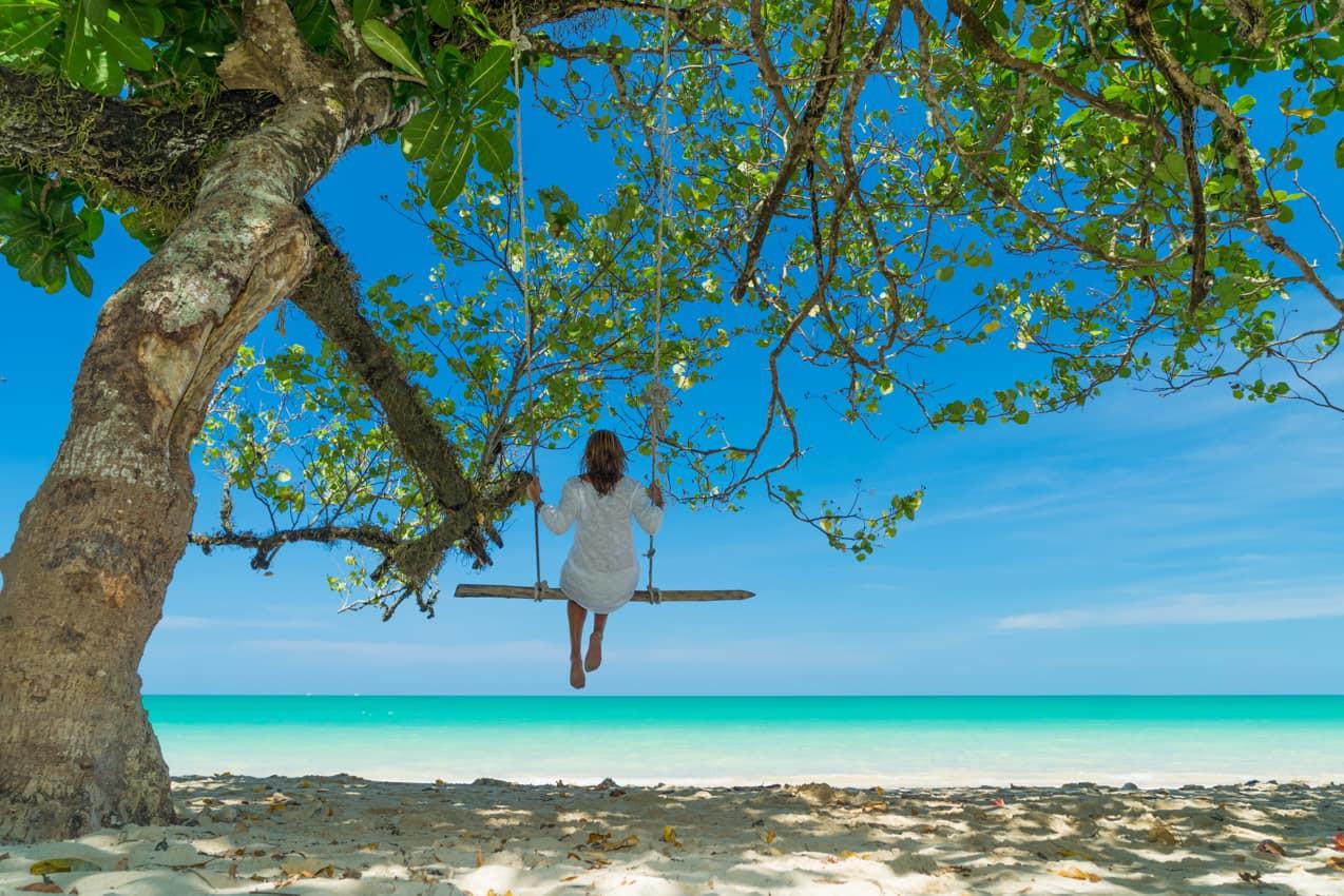 Viagem_férias_praia_Ilhas_Maldivas.jpg