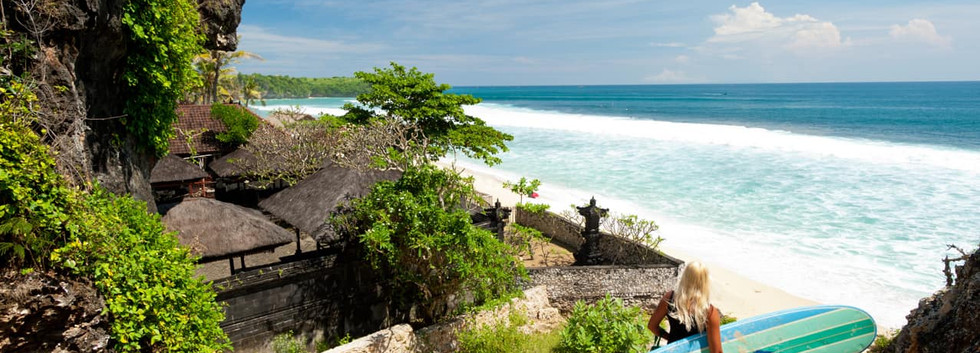 Praia_Bali,_Indonésia.jpg