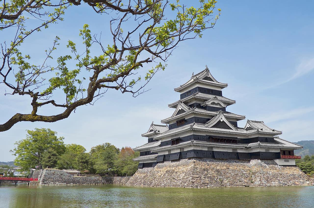 Castelo_de_Matsumoto,_Nagano,_Japão.jpg