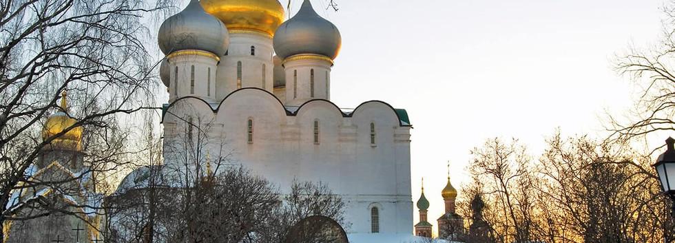 Arquitetura_do_convento_de_Novodevichy_-