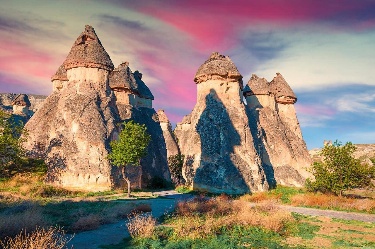 Vila_Cavusin_-_Capadócia,_Turquia..jpg