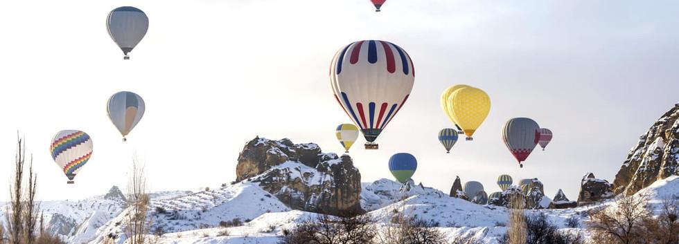 Voo_balão_neve_Capadócia,_Turquia.jpg