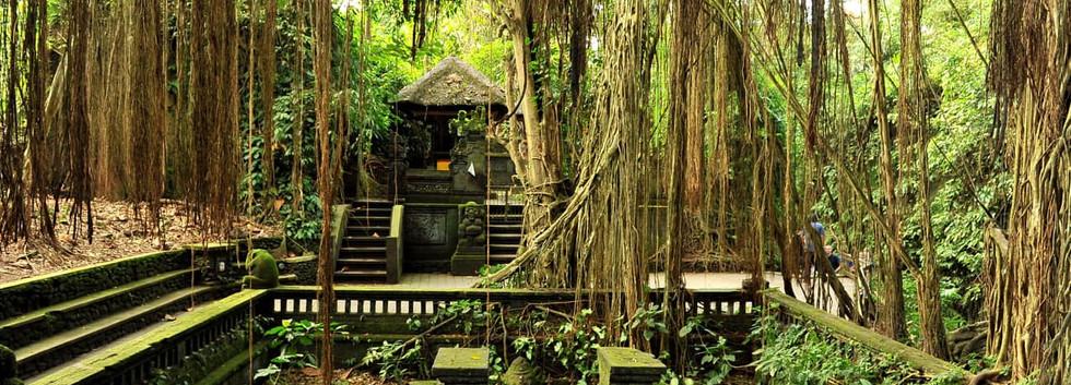 Templo_Ubud,_Bali,_Indonésia.jpg