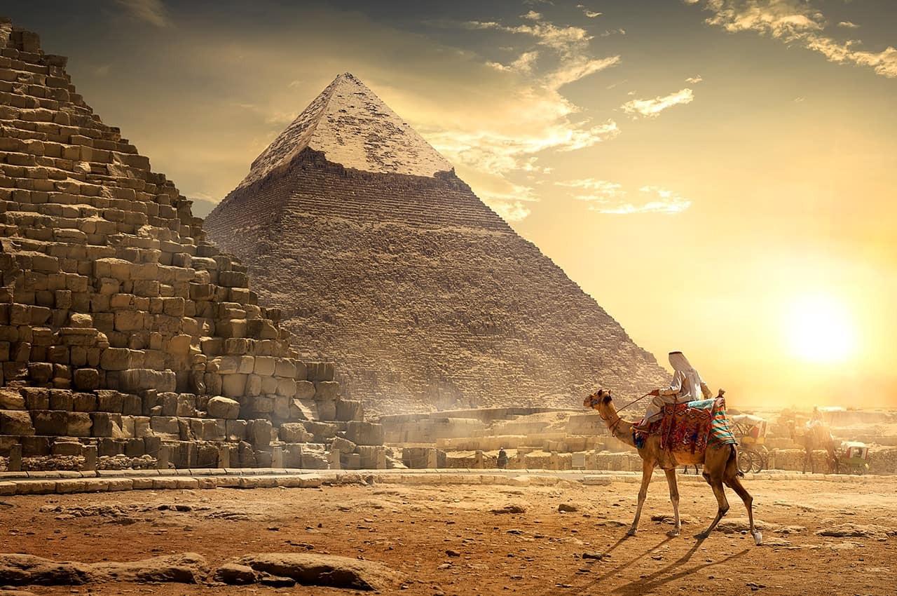 Nômade no deserto egípcio..jpg