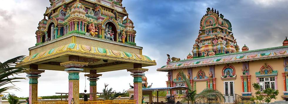 Templo Hindu nas Ilhas Mauricio.jpg