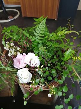 Composition plantes et fleurs piquées | Fleurs Vagabondes