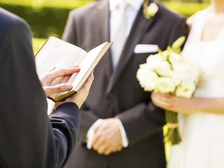Celebrante de casamento uma nova  profissão