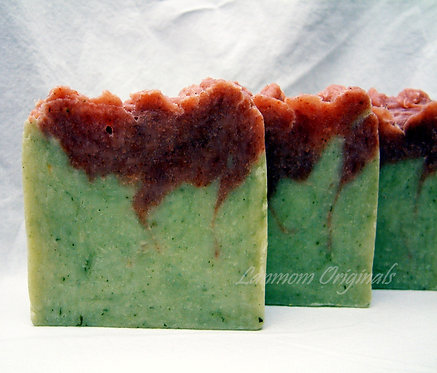 Winter Soap Oh Christmas Tree Pine Spice