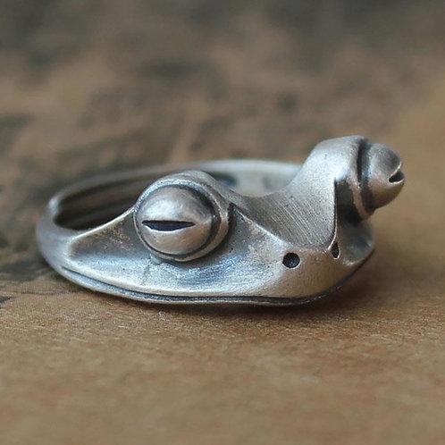 Vintage Frog Ring for Women Artistic Design Retro Resizable Unisex Female