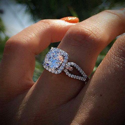 Women's Fashion Zircon Platinum-Plated Gem Ring