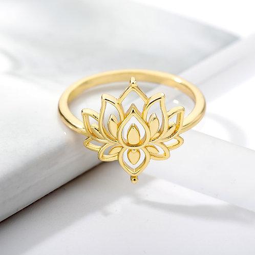 Vintage Steel Flower Lotus Ring Elegant Gold Engagement Wedding Ring Bague
