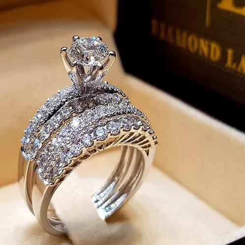 White Fine Zircon Couple Ring