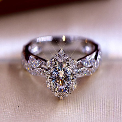 Women's Silver-Plated Micro-Inlaid Hollow Flower Starry Artificial Diamond Ring